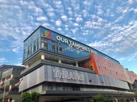 things to do in singapore - free movies