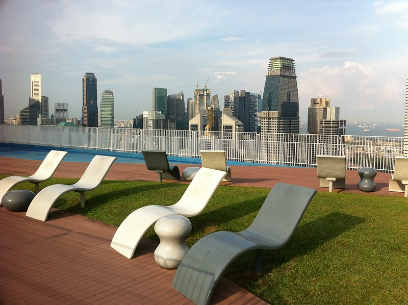 quiet places in singapore pinnacle duxton skybridge