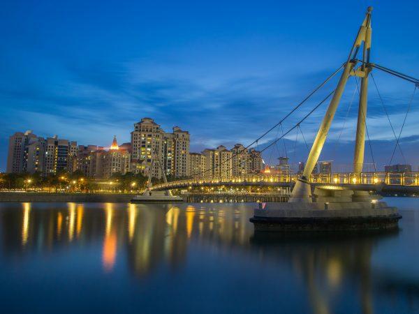 quiet places in singapore tanjong rhu promenade