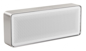 White Rectangular Wireless Speaker