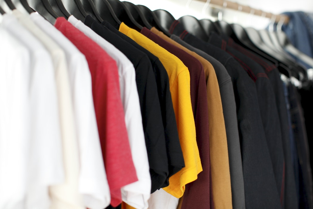 tee shirts rack
