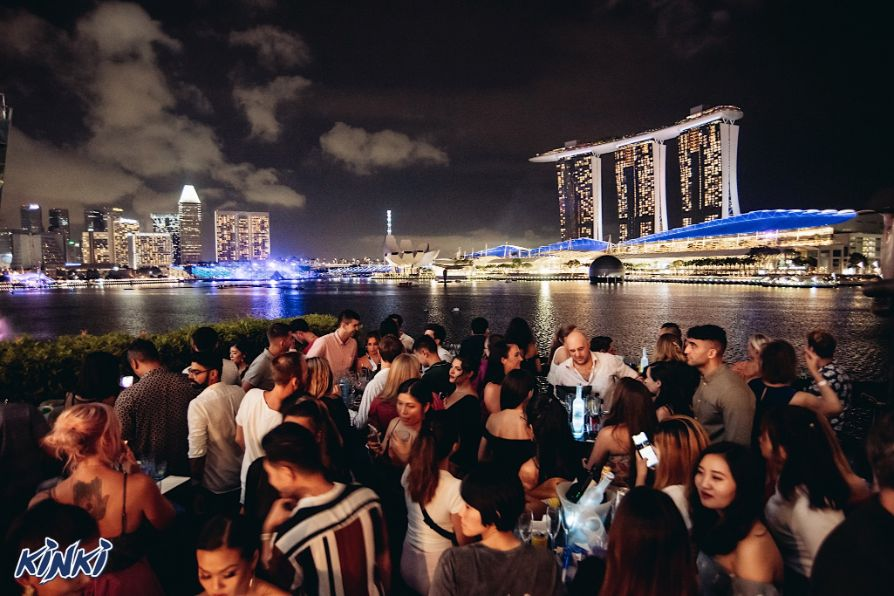 kinki best rooftkinki best rooftop bar singapreop bar singapre