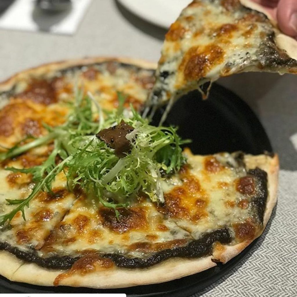 Wild Mushroom White Truffle Pizza Elemen Vegetarian Restaurant