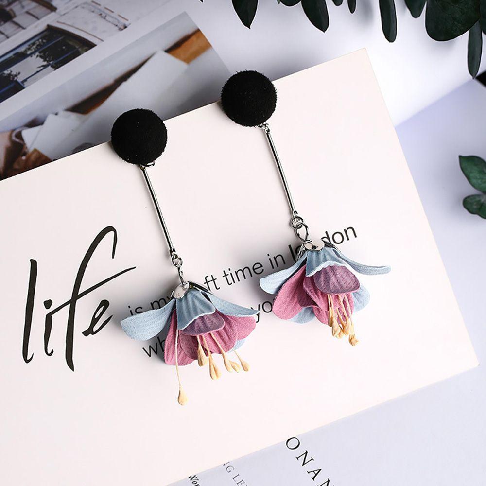 Flower Drop Earrings