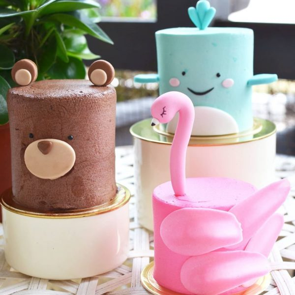 tiong bahru cafe brunch little house of dreams animal cake cute flamingo bear whale