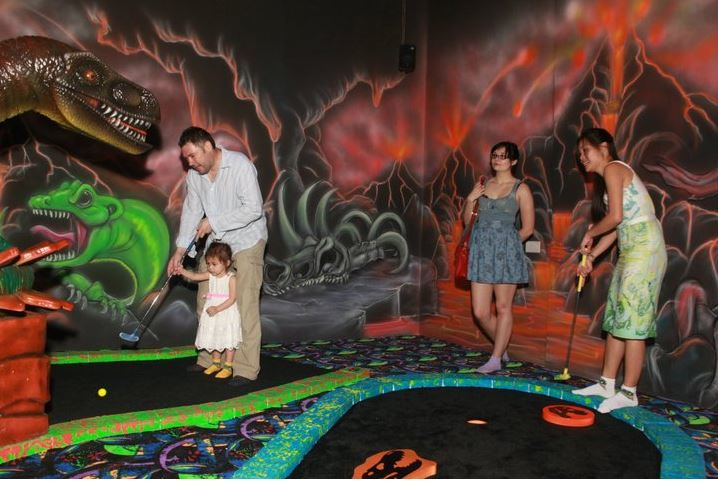 amazonia mini golf family christmas gift ideas