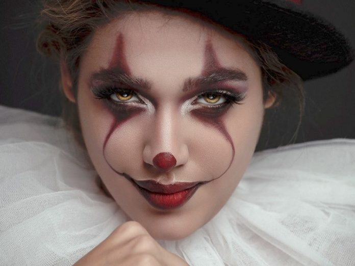 easy halloween makeup clown it scary look