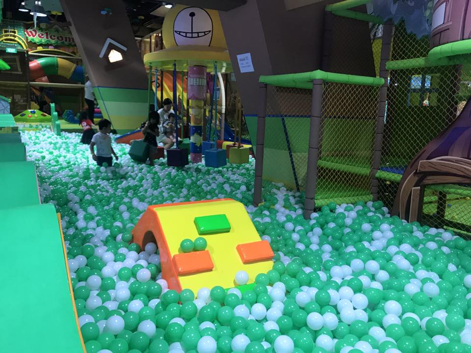 kidzland Singapore's biggest indoor playground