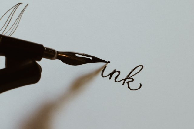 modern calligraphy oblique pen