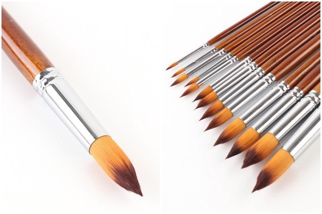 modern calligraphy pointed tip brush