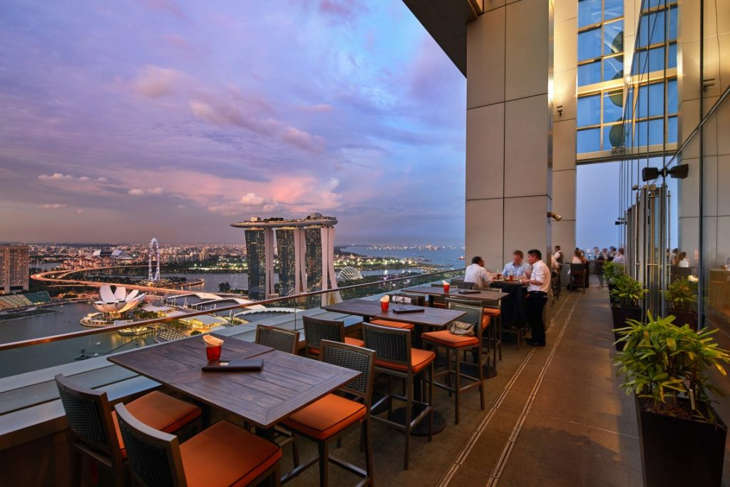 level 33 romantic restaurants singapore