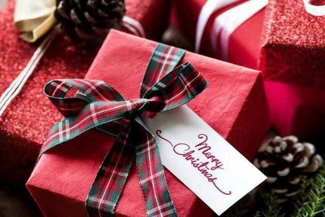 secret santa gift ideas featured image