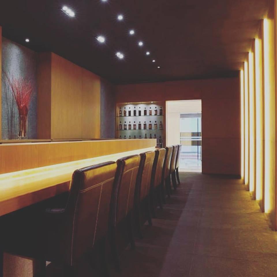 la terre best wine bars in singapore
