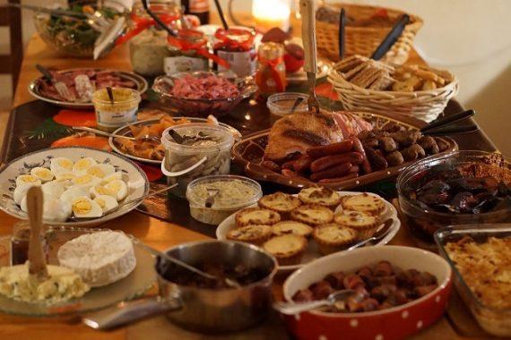 new years eve dinner potluck ideas party spread