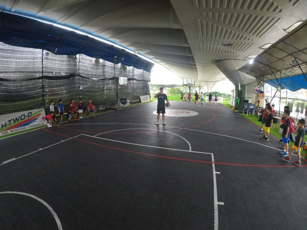 kaki bukit indoor basketball courts in Singapore under flyover