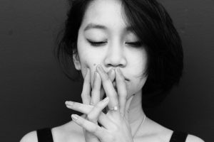 cope with sensitive skin by managing stress