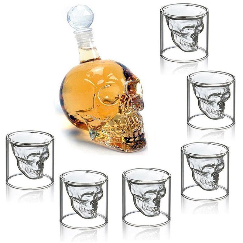 whiskey glass bar counter desing