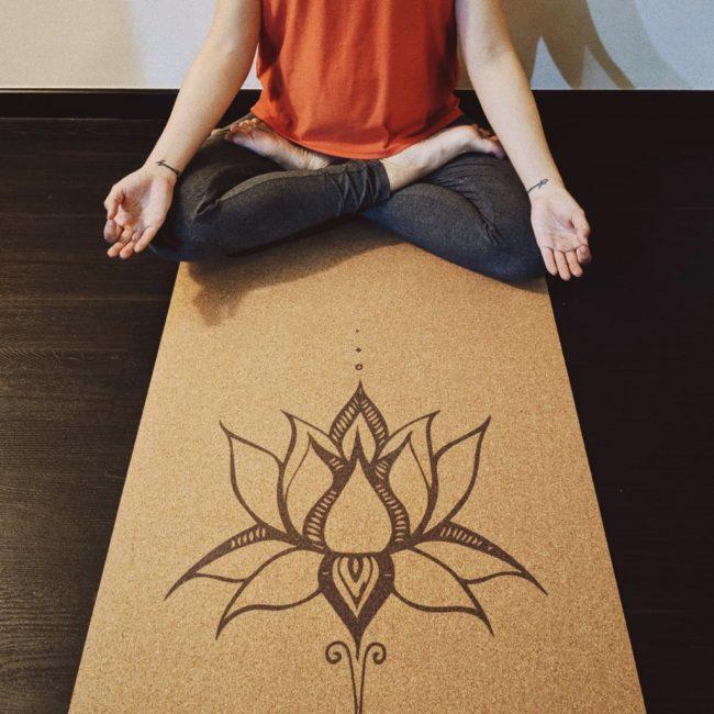 best yoga mats singapore cork absorbent sweaty palms hot yoga