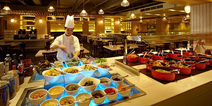 Spice Brasserie Buffet Counter