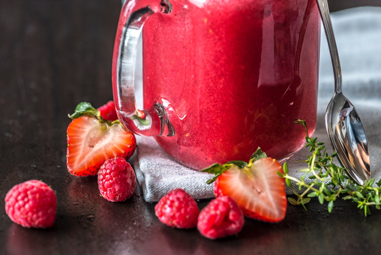 best blender for smoothies berry strawberries
