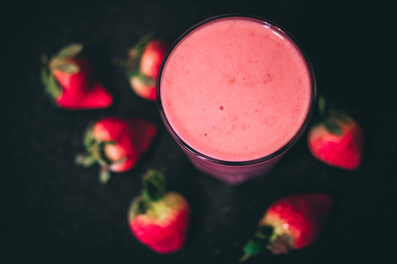 best blender for smoothie pink strawberry