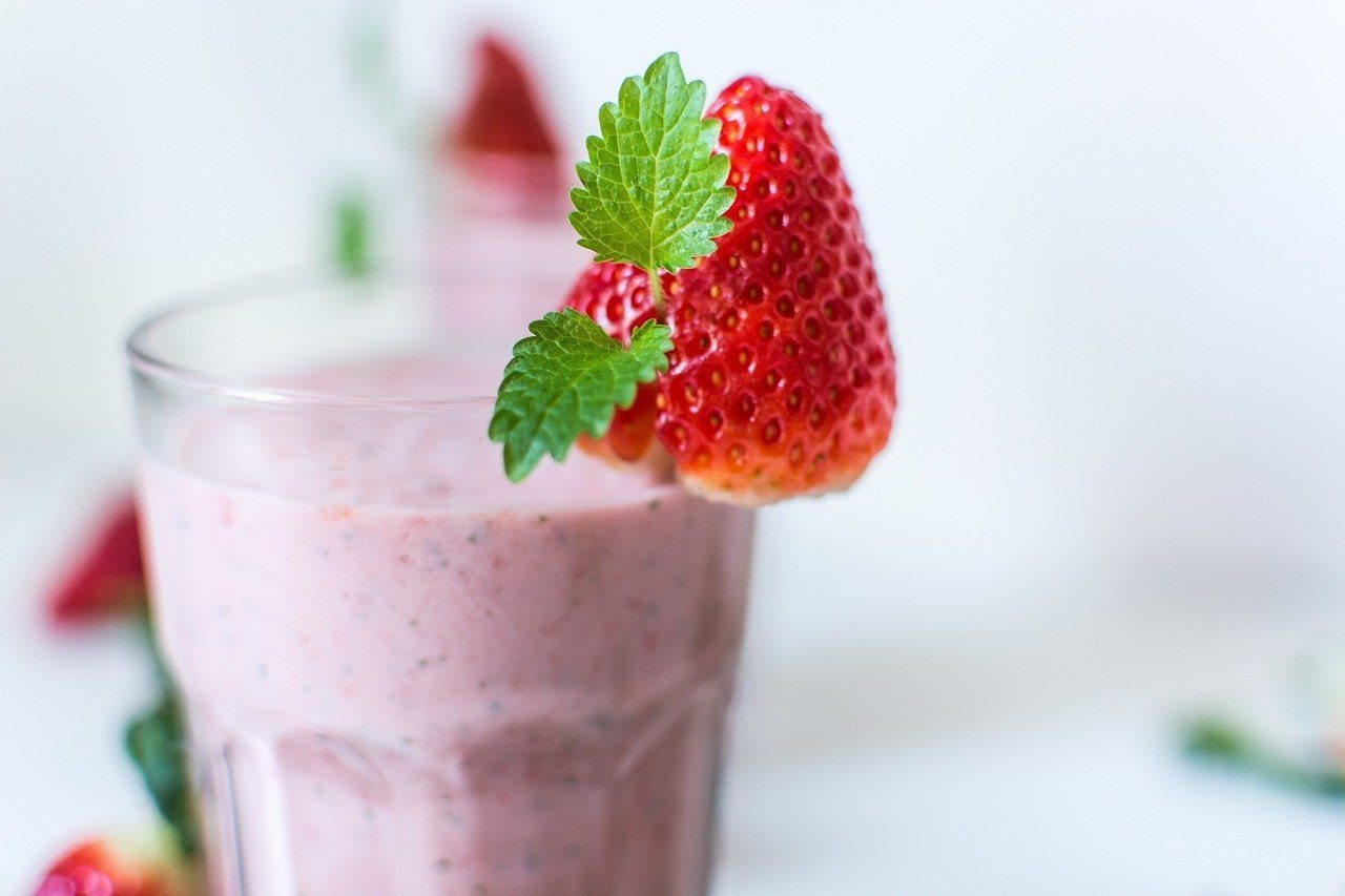 strawberry smoothie best blender for smoothies