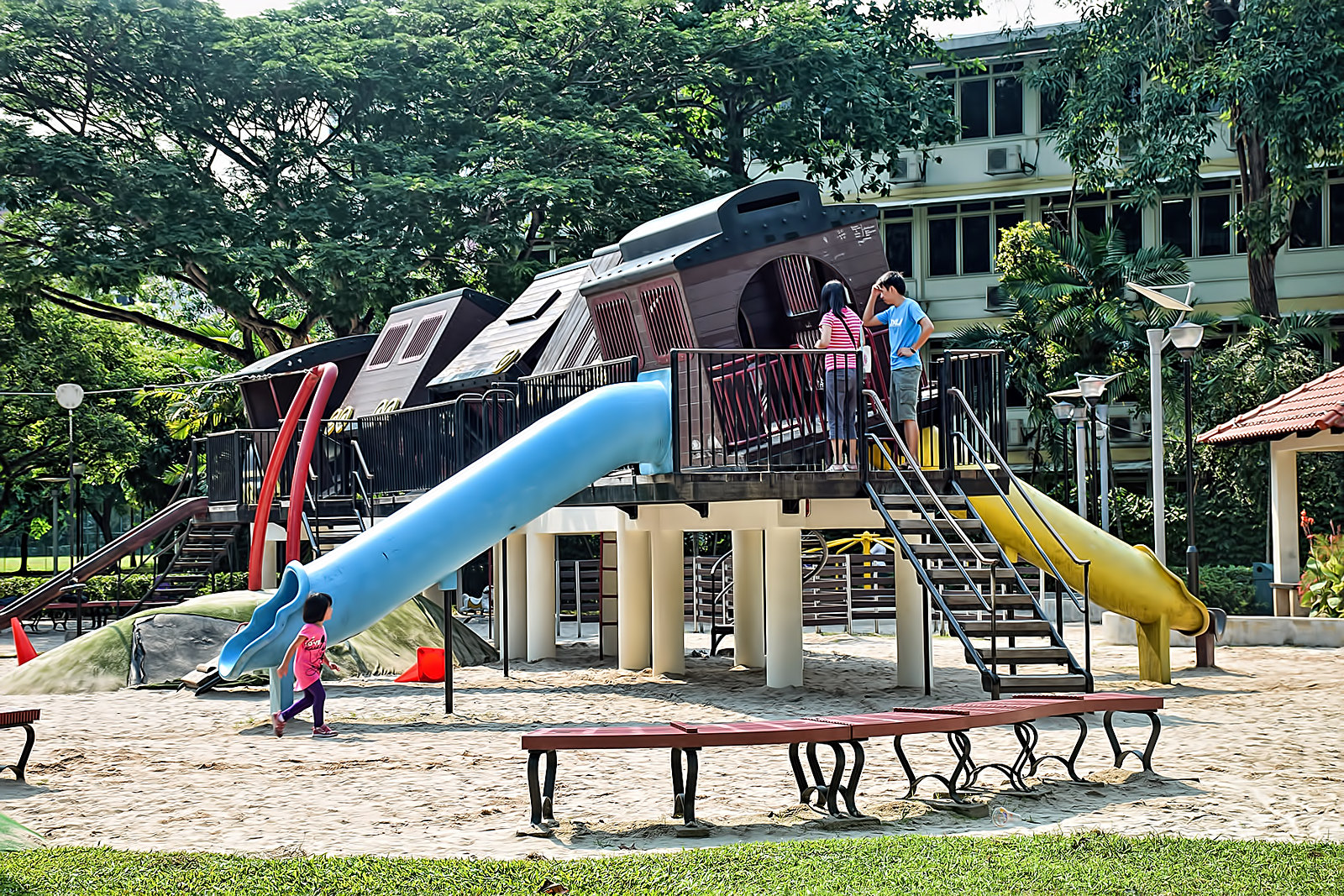 tiong bahru park outdoor playground singapore