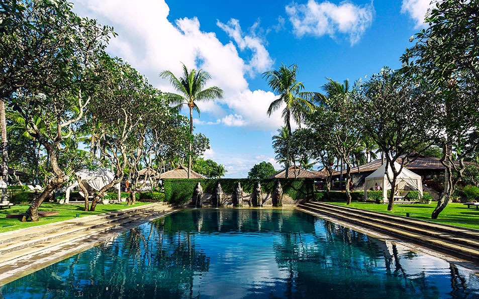 balinese bath pool intercontinental babymoon destinations asia
