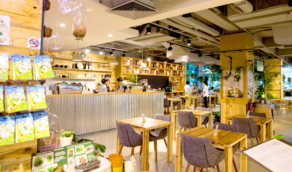 mahota commune cafe lavender