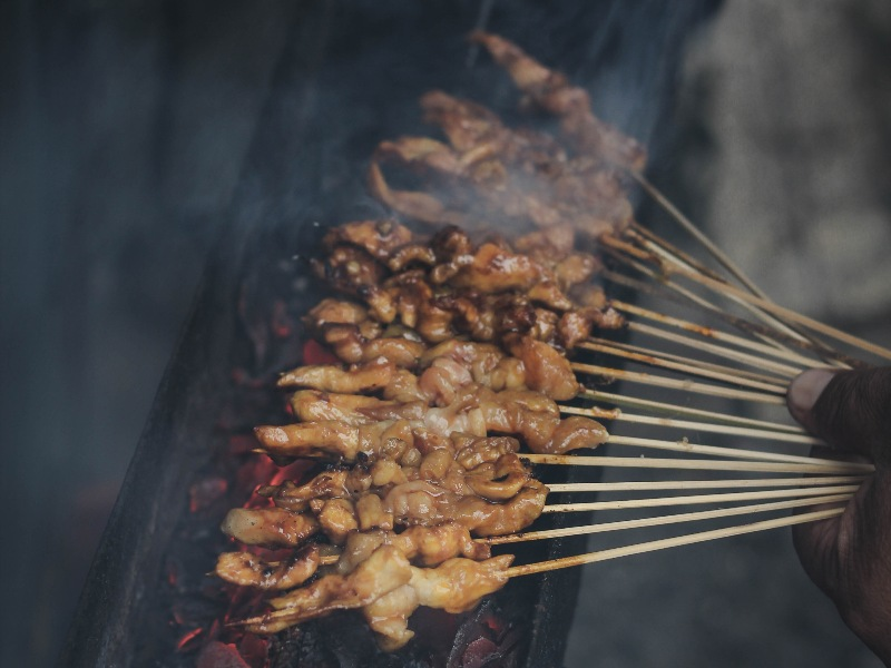 free food in singapore satay