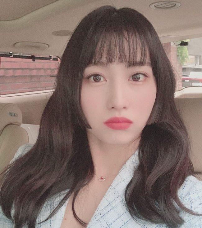 kpop hairstyle twice momo hime haircut idol
