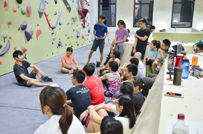 climbing gym singapore fit bloc top rope bouldering yoga swimming pool sauna co working space