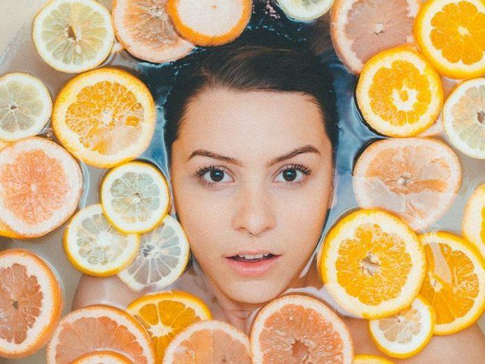 diy face mask homemade woman lemon citrus spa facial