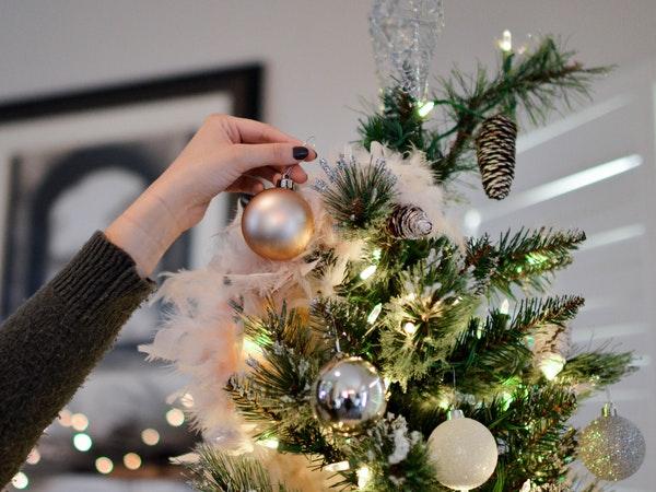 human christmas tree party game