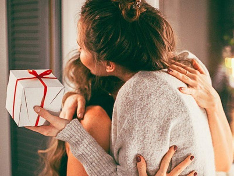 santa's elf christmas gift exchange party game
