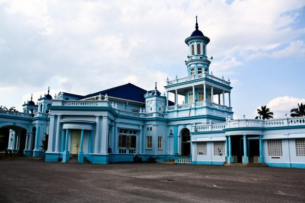 muar mosque malaysia road trip from singapore