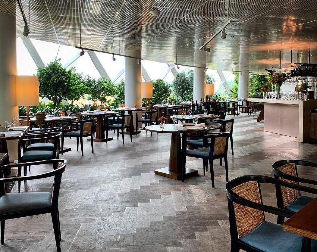 pollen romantic restaurant singapore