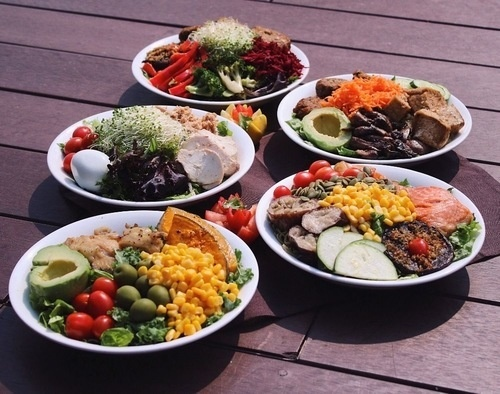 toss&turn healthy food singapore