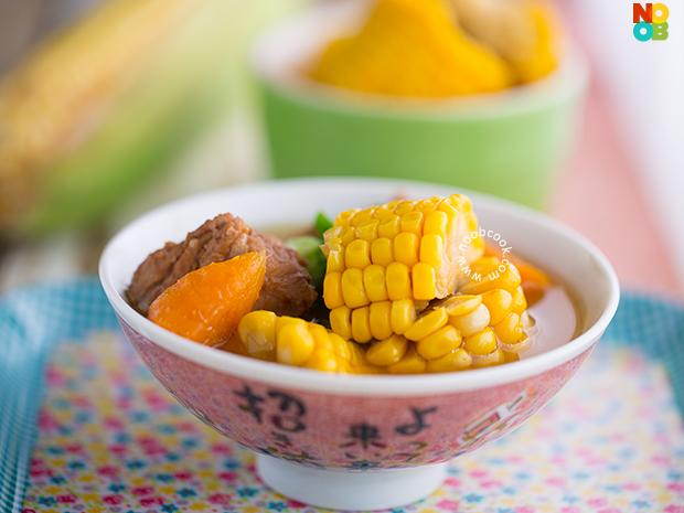 Sweet Corn Pork Ribs Soup