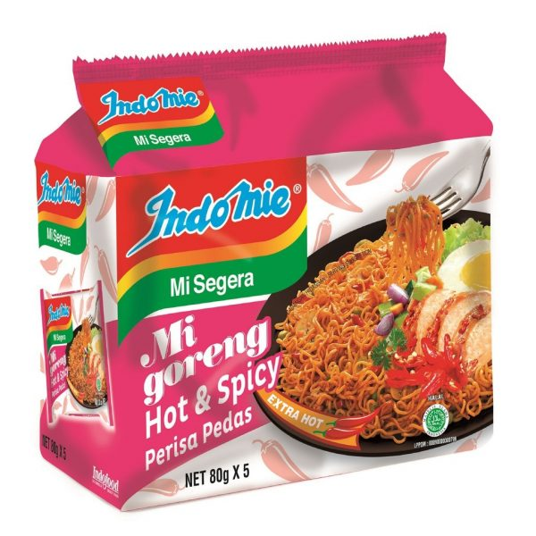 spicy instant noodle indomie mi goreng hot
