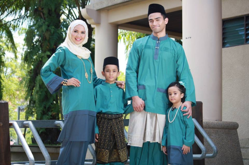 Dress up in the best clothes(Hari Raya)
