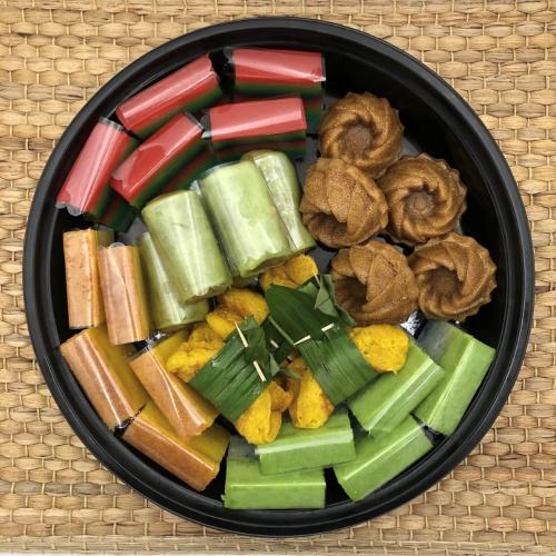 Hari Raya Goodies - Nyonya Kueh Platter